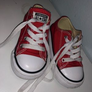 Toddle size 6 converse